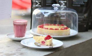 Raw Raspberry & Vanilla Protein Cake
